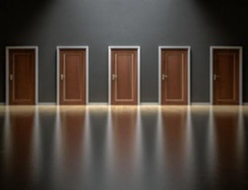 Vergessen wir Dinge, wenn wir durch eine Tür gehen? (doorway effect)